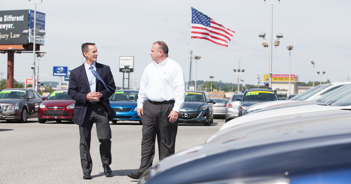What Auto Shoppers Can Expect This Memorial Day Weekend Cox Automotive Inc
